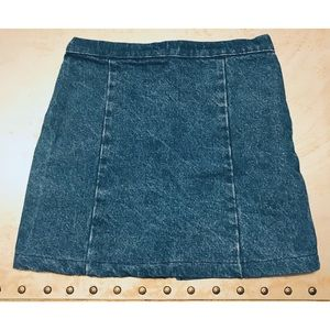 💫 Brandy Melville John Galt Denim Skirt 💫